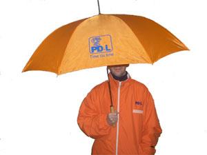 Geaca si umbrela PDL