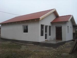 casa din placi