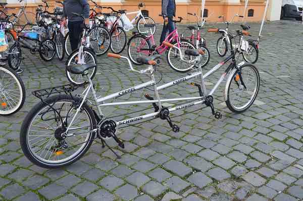 bicicleta trei locuri