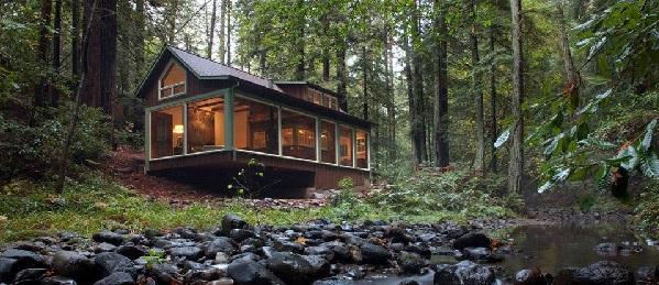 cabana mica lemn